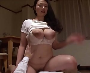 Big Tits (Full: bit.ly/2YtVnSf)